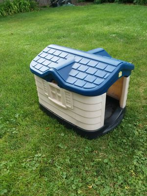Pet Zone dog house for Sale in Bloomington, IL