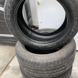 3 Tires 225/50R17 Pick Up Only for Sale in Issaquah, WA