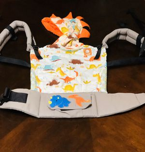 💥RARE💥 Tula Infant Carrier with Newborn Insert for Sale in Puyallup, WA