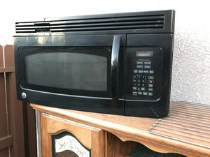Horno de micro ondas for Sale in Sanger, CA