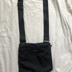 Prada Over the shoulder bag for Sale in Miami, FL