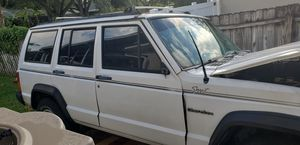 92 Jeep Cherokee, 2WD for Sale in TEMPLE TERR, FL