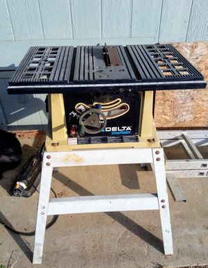 Delta ShopMaster Table Saw Tool 10 inch blade 15 amp motor for Sale in Perris, CA