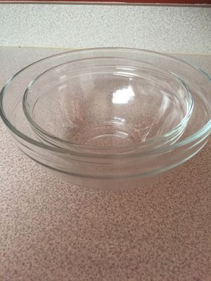 2 Glass Mixing Bowls (4 cup/2 cup) for Sale in Crestview, FL