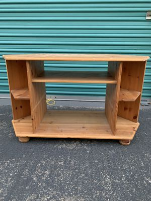Wood tv display stand for Sale in Buena Park, CA