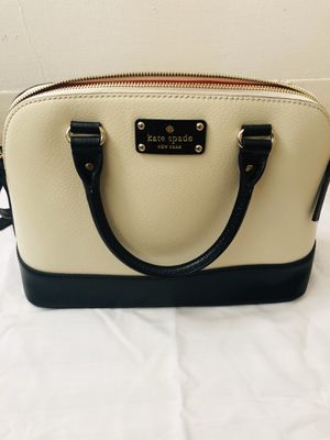 Kate Spade Classic Satchel for Sale in Hartford, CT