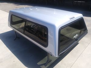 A1-001 Selling Used A.R.E. Camper Shell for Ford for Sale in El Monte, CA