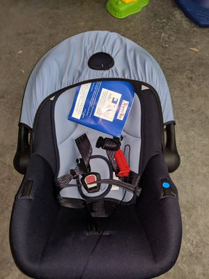 Brand new infant car seat for Sale in Naples, FL