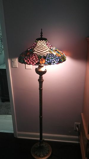 Tiffany Style Floor Lamp for Sale in Fort Lauderdale, FL