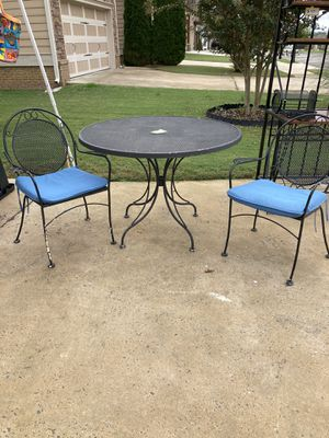 Wrought Iron Table 4 chairs for Sale in Ooltewah, TN