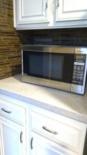 Panasonic Microwave Model NN-SA651S for Sale in San Marcos, CA