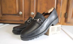GUCCI HORSEBIT LOAFERS SIZE 10 EXCELLENT CONDTION for Sale in Houston, TX
