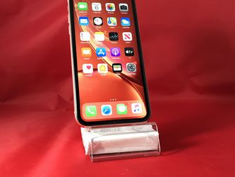 iPhone XR 64GB Coral Unlocked for Sale in Kent,  WA