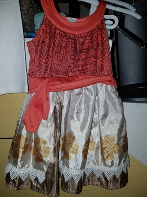 MOANA DRESS/COSTUME AND SANDALS for Sale in Pico Rivera, CA