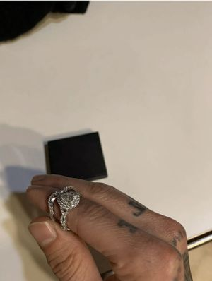 Neil Lane Diamond Engagement Ring (1-1/8 ct tw) and Wedding Band (3/8 ct tw) for Sale in White Plains, MD