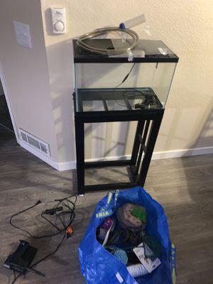 Fish tank 10 gallon for Sale in Kent, WA