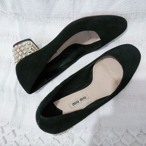 Miu miu pumps size 37 for Sale in San Mateo, CA