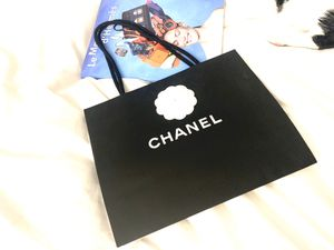 Authentic Chanel medium shopping bag for Sale in New York, NY