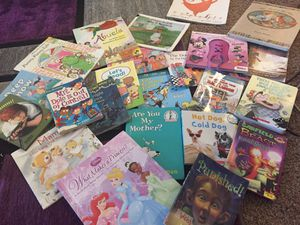Kid's Books- beginner and chapter books for Sale in Maplewood, MN