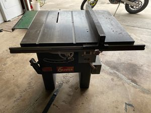 Oliver table saw. Great condition. Need gone ASAP. 475.00 for Sale in Huntington Beach, CA
