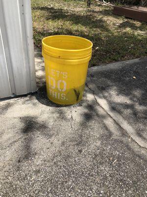 Bucket 4$ for Sale in Orlando, FL