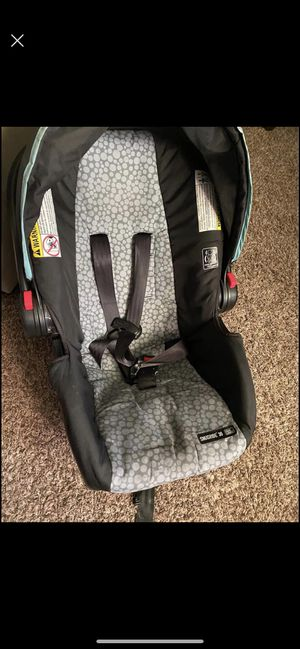 Free baby car seat for Sale in Vancouver, WA