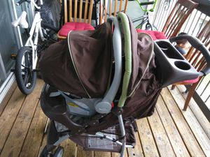 Graco stroller and baby car seat for Sale in Thornton, CO