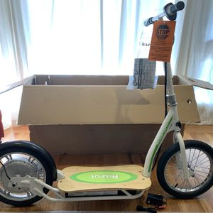 Electric Razor Scooter (EcoSmart SUP ELECTRIC SCOOTER) for Sale in Menlo Park, CA