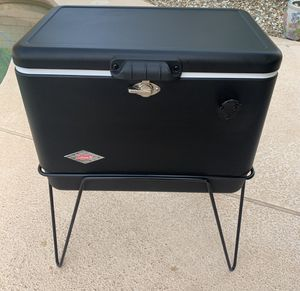 "Coleman ""Steel Belted"" 54 quart cooler with matching stand for Sale in Sun City, AZ"