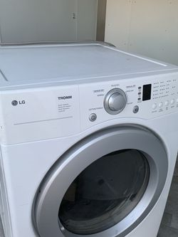 Dryer ( Works Good) for Sale in Fresno,  CA