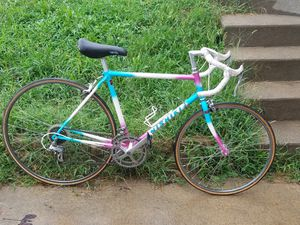 47 cm road bike for Sale in Smithville, MO