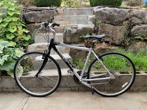 Trek Hybrid Bike for Sale in Happy Valley, OR