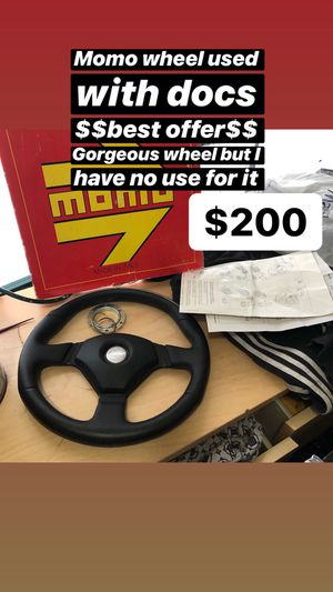 $200 momo steering wheel very nice for Sale in Bridgeport, CT