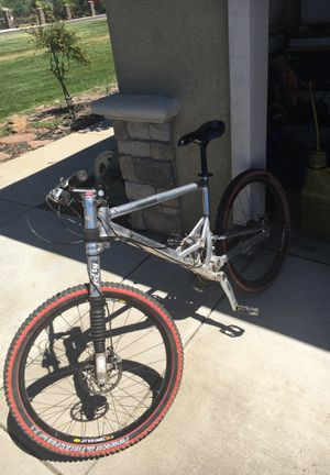 Moutain bike for Sale in Linden, CA