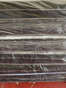 Regular Mattress All All Size Twin 120 Full 160 Queen 180 Mattress And Box Spring for Sale in Fresno,  CA