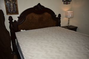 Cal king bedroom set for Sale in Merced, CA