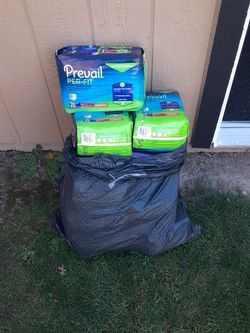 Diapers Medium Size for Sale in Ceres,  CA