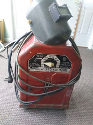 Lincoln arc welder and helmet for Sale in Moon, PA