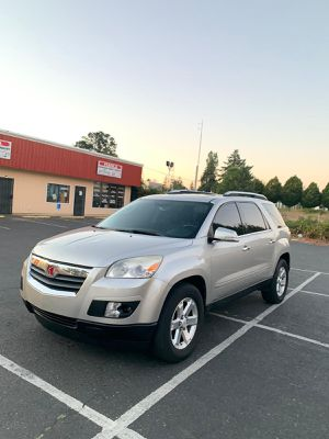 2008 Saturn Outlook for Sale in University Place, WA
