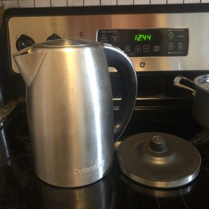 CUISINART 1.7L Electric Kettle for Sale in Washington, DC