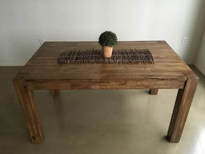 Stylish dining table rustic for Sale in Columbus, OH