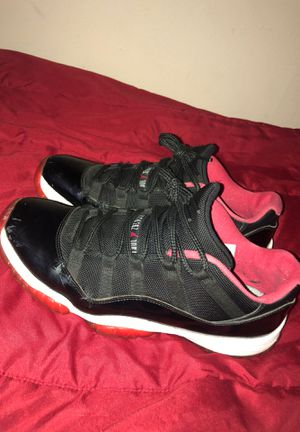 Jordan 11 bred low size 9.5 for Sale in Spring Hill, FL