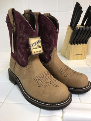 Brand New Women's Ariat Boots Size 8 1/2 for Sale in Norco, CA