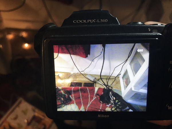 Nikon L310 camera