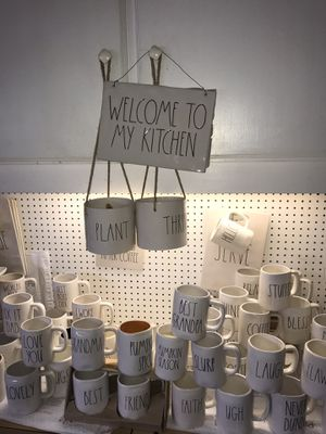 Rae Dunn WELCOME TO MY KITCHEN 12 x 8.5 large ceramic sign. Love it .. for Sale in Sanger, CA