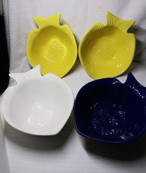 Set of 4 fish shape bowls for Sale in San Diego, CA