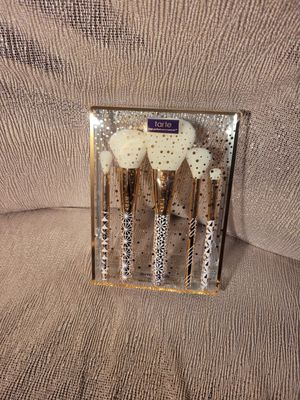 Tarte MAKEUP BRUSHES for Sale in Phillips Ranch, CA