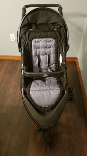 Graco Jogging Stroller for Sale in Wilkes-Barre, PA