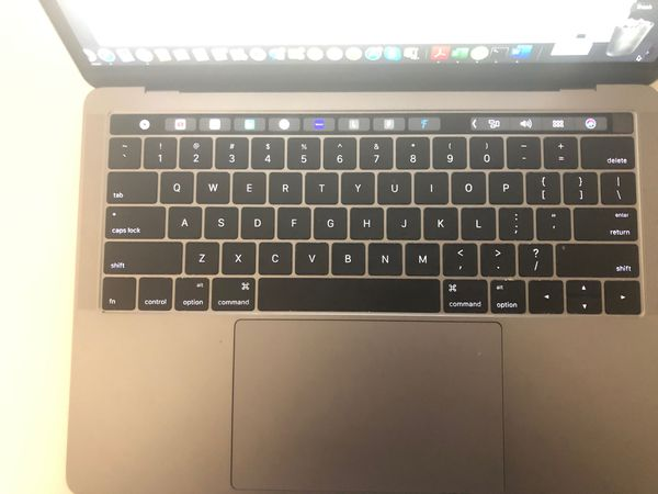 2016 13' Macbook pro with touch bar and touch id