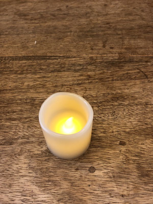 15 LED electronic flickering votive candles